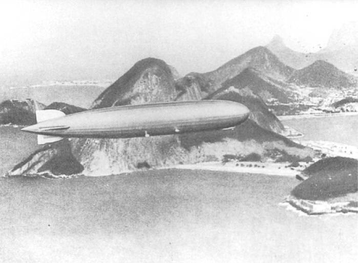 Picture of LZ 127 Graf Zeppelin over Rio