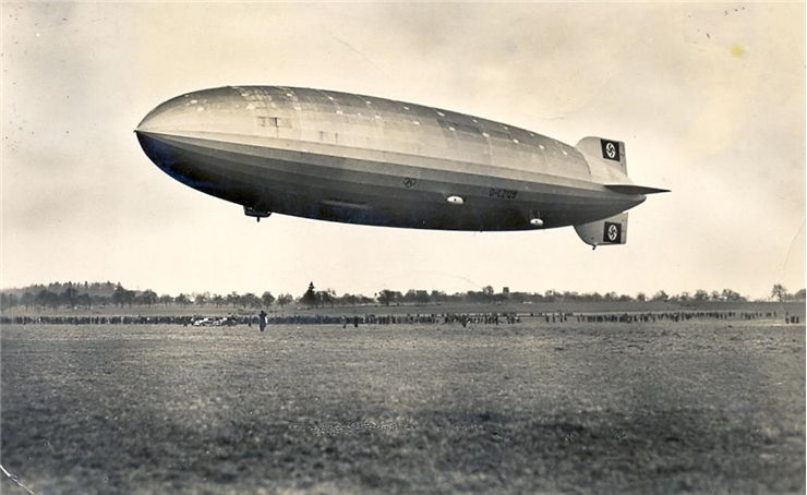 Picture of Zeppelin Hindenburg on March 1936
